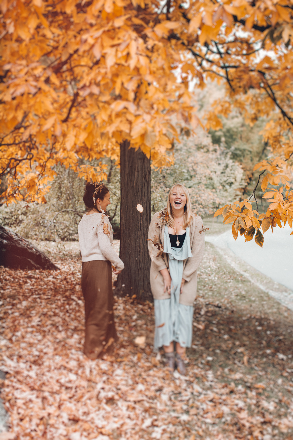 boston-lifestyle-photographer-autumn-themed-shoot-madly-08.jpg