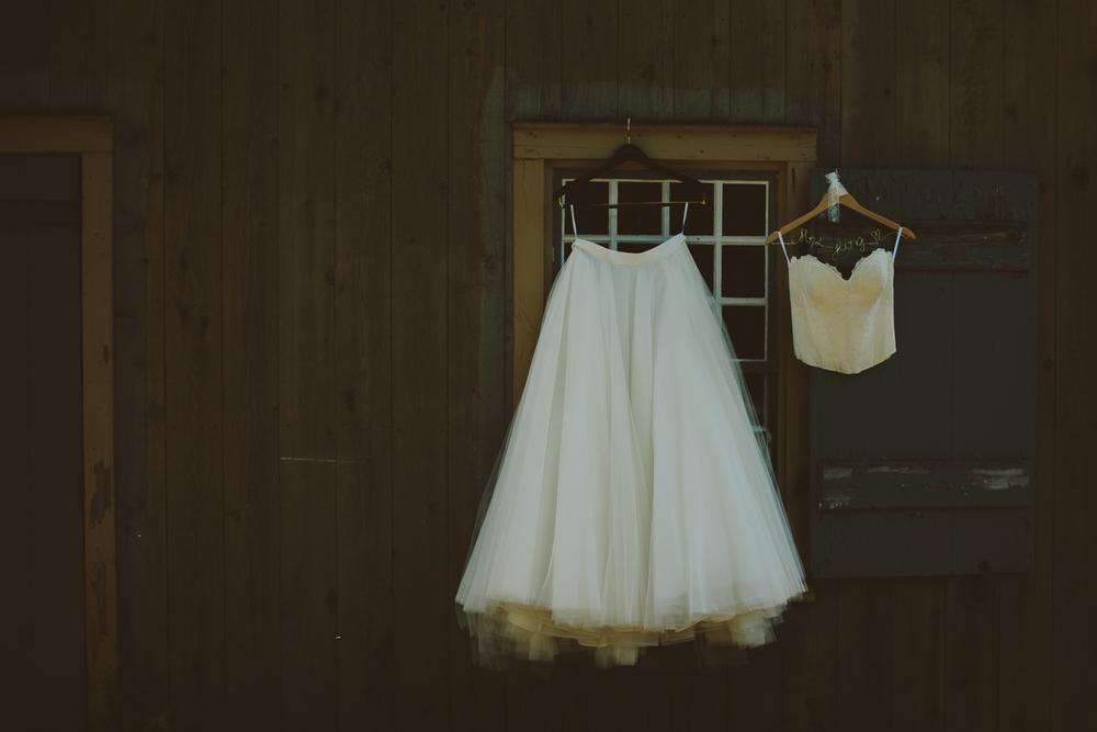 Waterloo-Village-Wedding-Photographer-Ethereal-Elegant-Woodsy-14.jpg