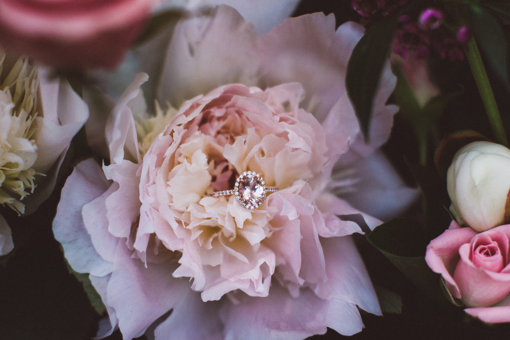Waterloo-Village-Wedding-Photographer-Ethereal-Elegant-Woodsy-23.jpg