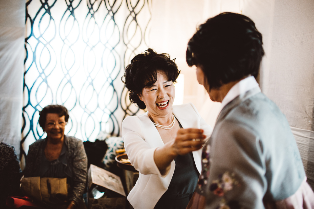 Waterloo-Village-Wedding-Outdoor-Chinese-Gowns-New-Jersey-Photographer-58.jpg