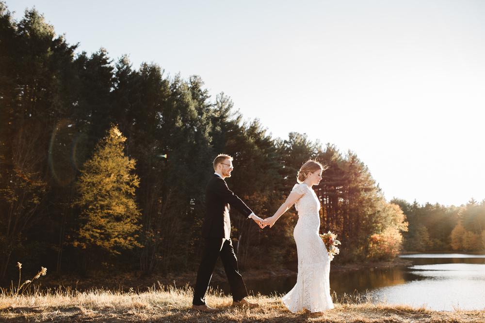 Boston-Elopement-Style-Wedding-Ceremony-Anthropologie-Photographer-Madly-05.jpg