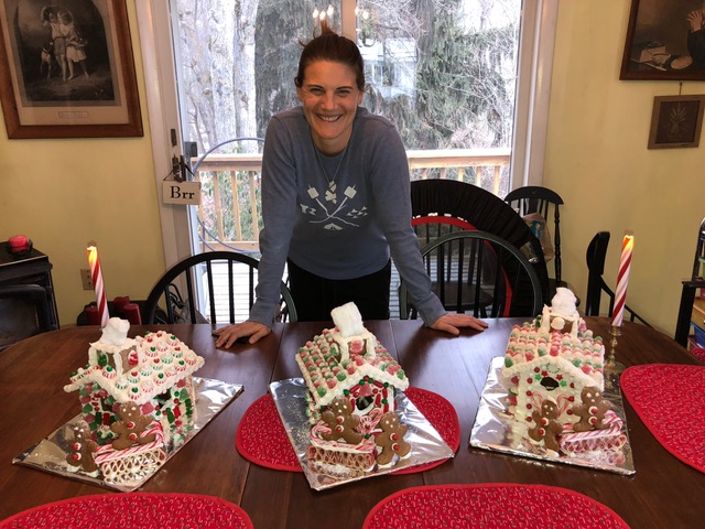 Lisa continues the tradition of decorating gingerbread houses which bring delight to several families every Christmas.