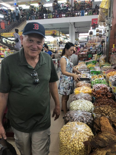 Han Market . . .
