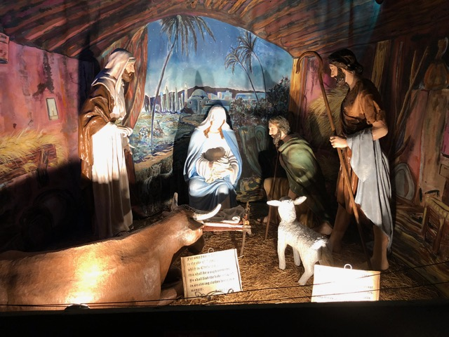 Scripture accompanies each of the dioramas that tell the story of Jesus.