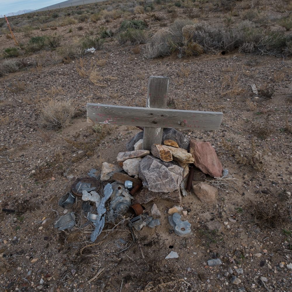 Grave Marker, US Highway 95 and Nevada State Road 266, Nevada