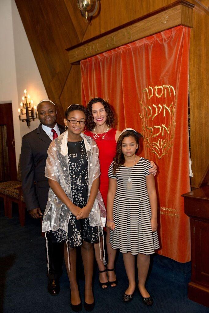 Naomi bat mitzvah 6-2016.jpg