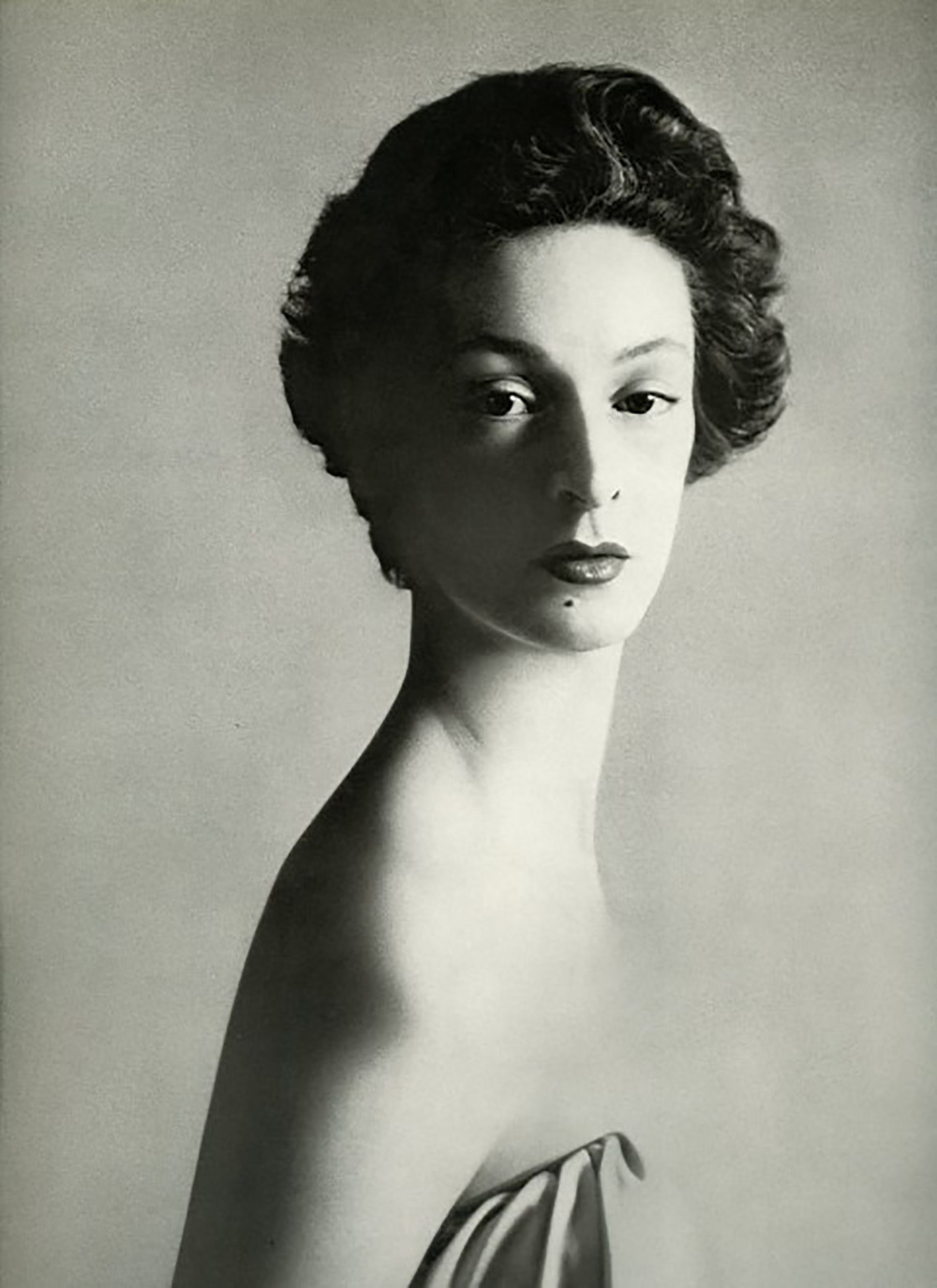 Marella Agnelli by Richard Avedon