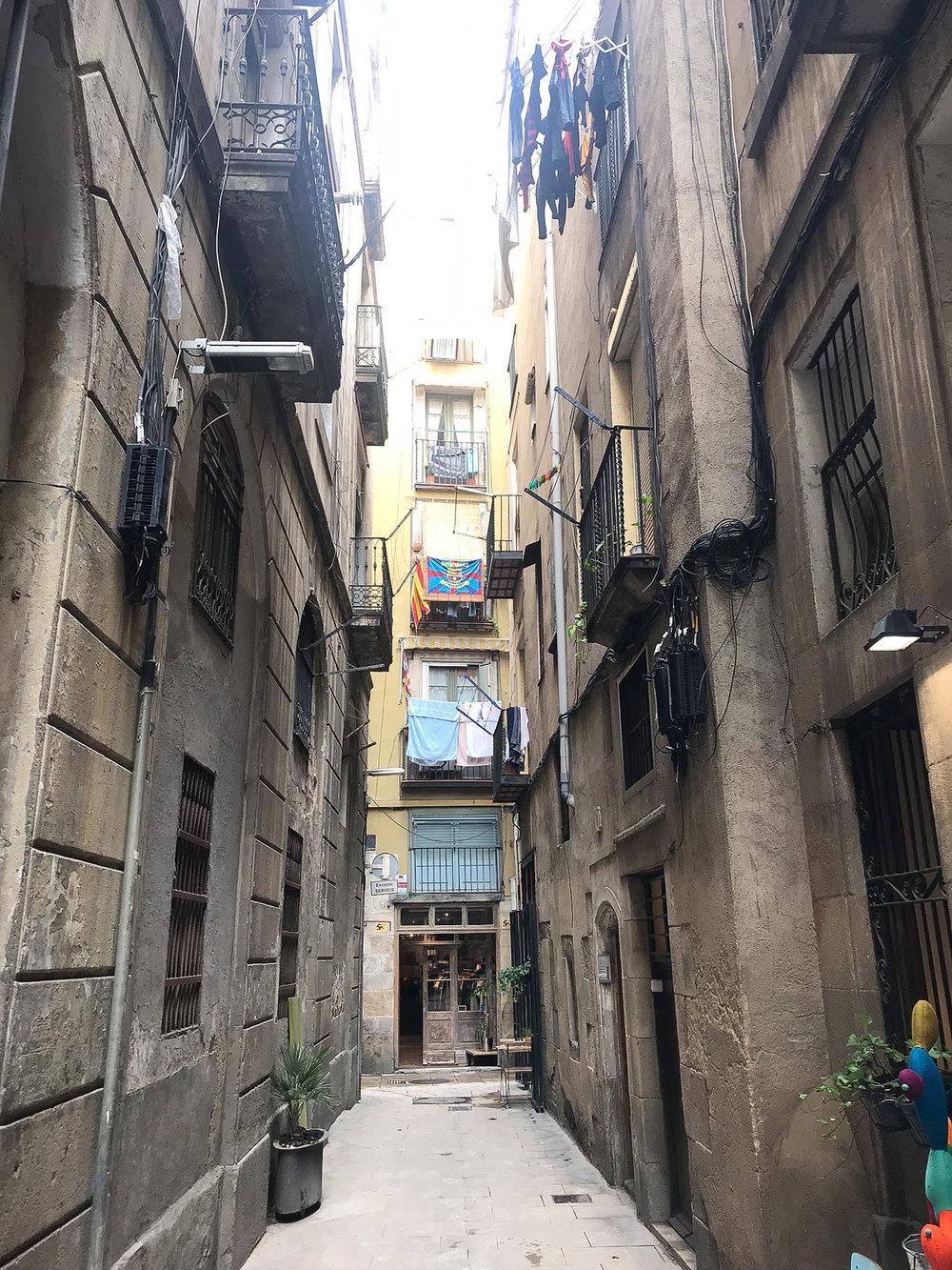 sheilaburgos-barcelona-callejon.jpg