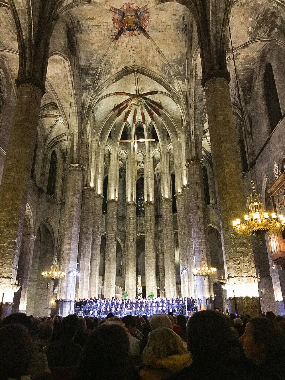 sheilaburgos-barcelona-santamariadelmar.jpg