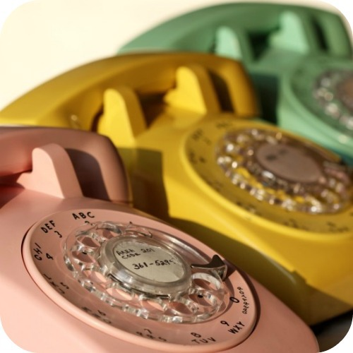 stylesaveus-Vintage-Rotary-Phones.jpg