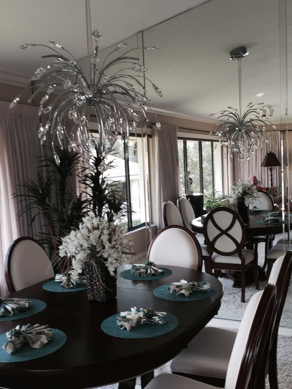 IMAGE SOURCE: Wilson Lighting (these chandeliers available through Savvy Surrounding Style)