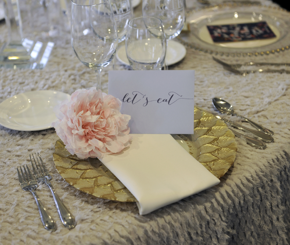 Some pretty tabletop inspiration from Kate & Co.