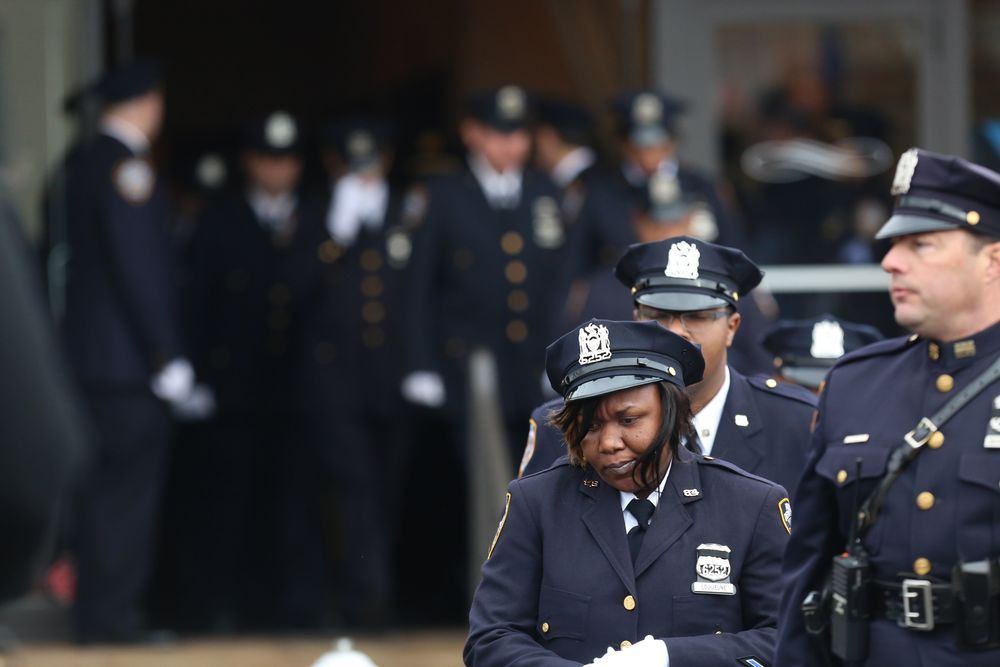 FUNERAL_FOR_SLAIN_NYPD_COP_WENJIAN_LIU_20011351.JPG