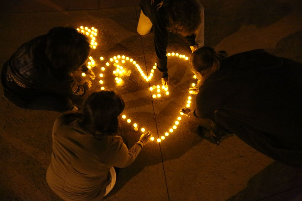 VIGIL_FOR_DRUG_ADDICTION_VICTIMS_21592591.JPG
