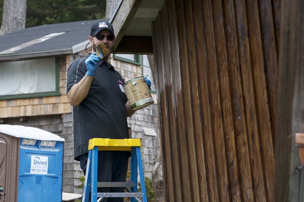 Clif Bar Volunteer Day At Slide Ranch - house painting_2(1000px).jpg