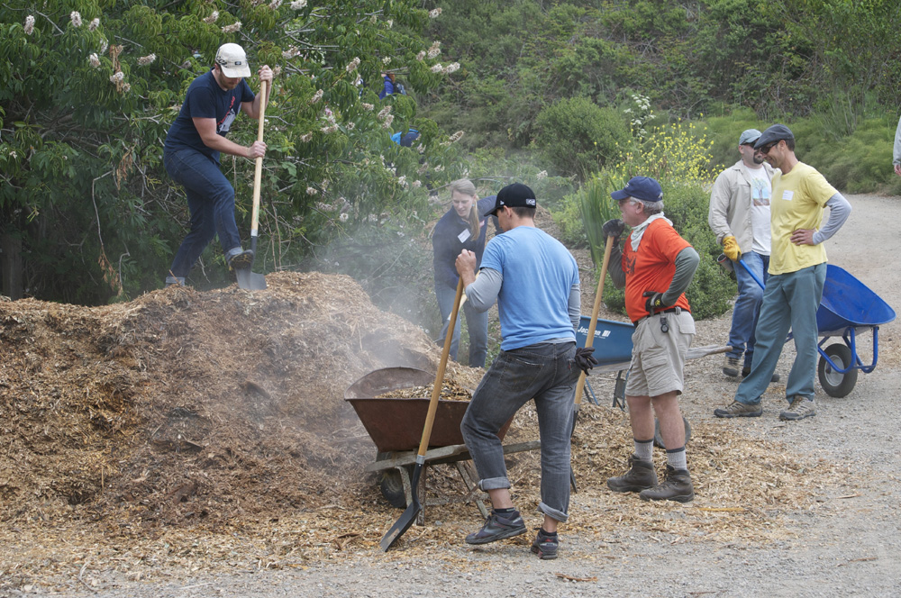 Clif Bar Volunteer Day At Slide Ranch - mulching_3(1000px).jpg