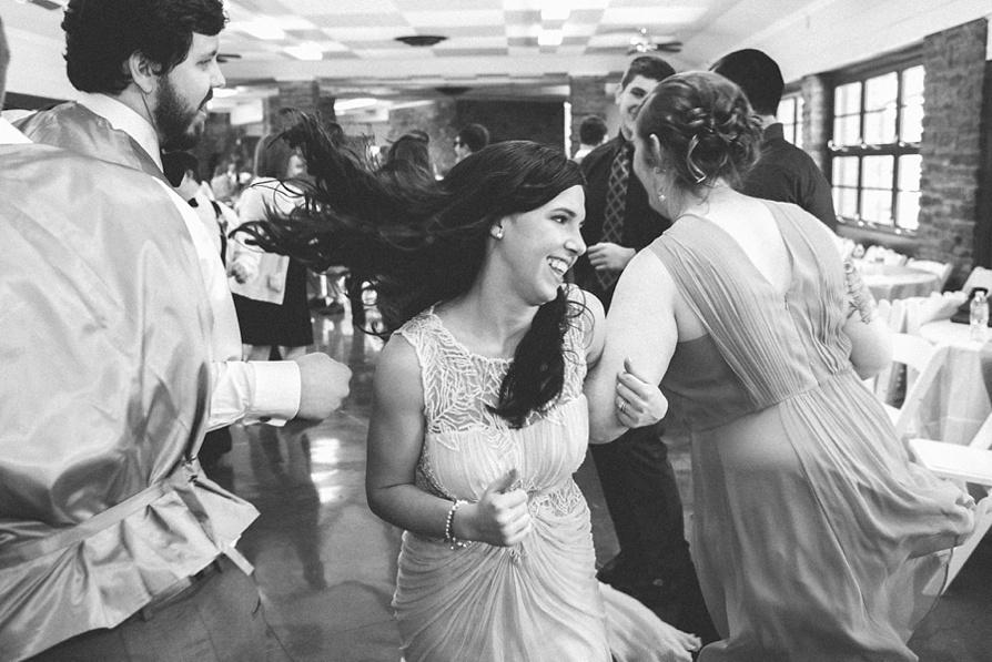 Romantic woodsy wedding, destination wedding photographers, louisville wedding photographers, lauren w photography, kentucky wedding photographers
