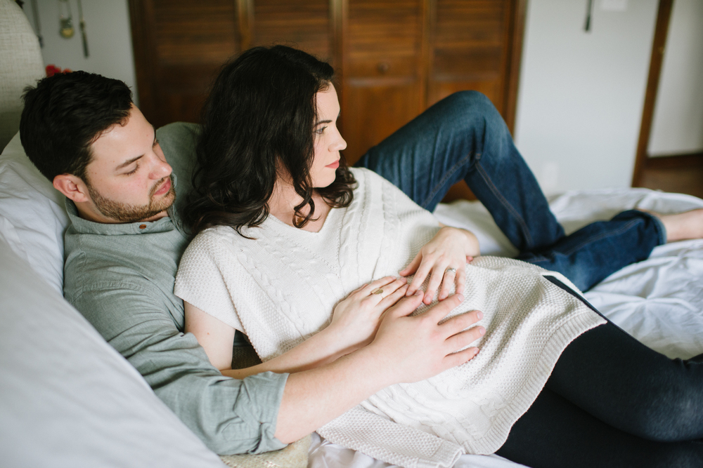 In-Home-Maternity-LaurenWPhotography-9.jpg