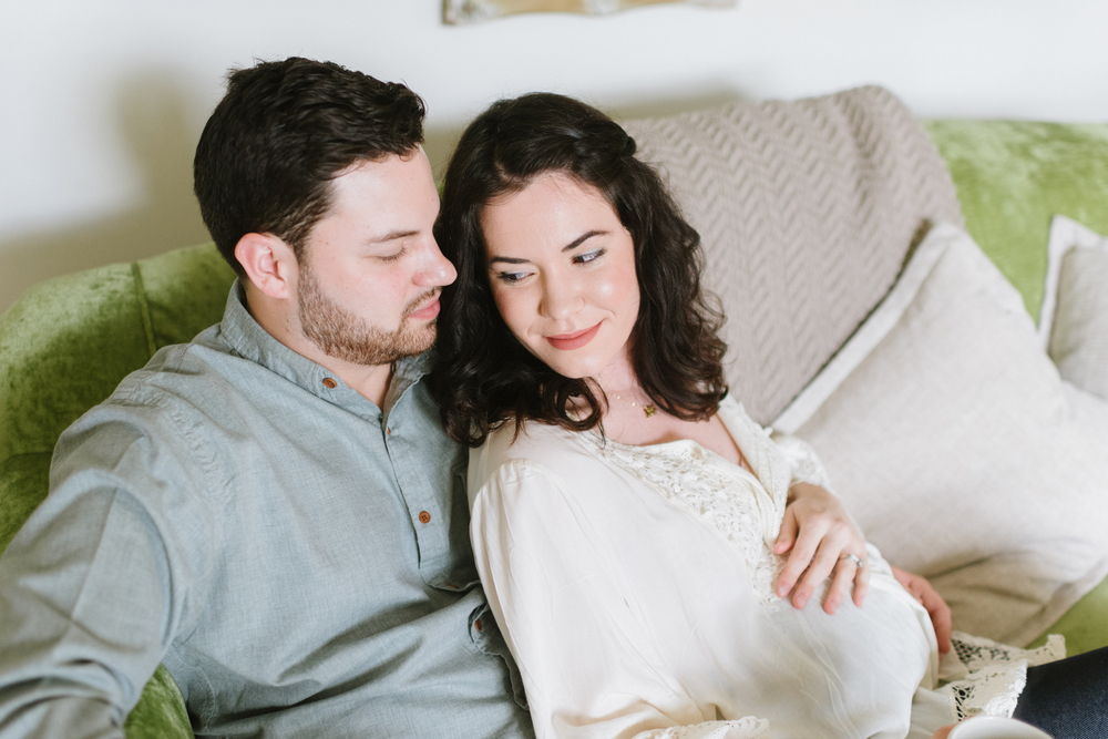 In-Home-Maternity-LaurenWPhotography-25.jpg