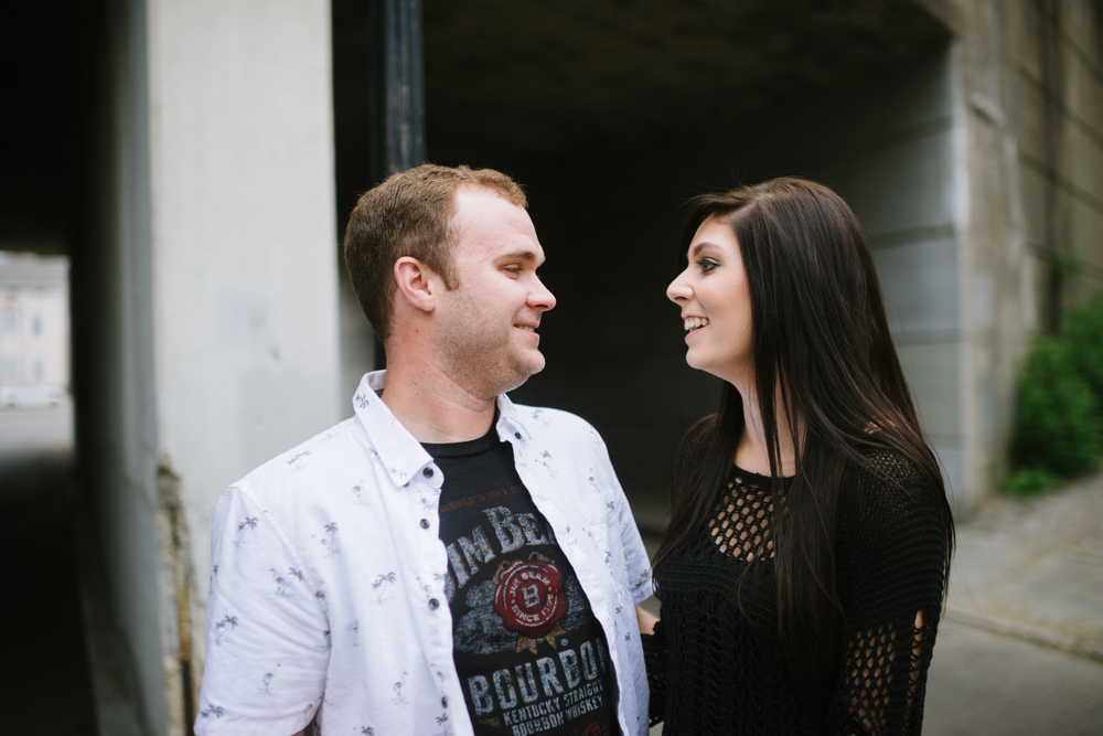 Covington Kentucky Engagement - LaurenWPhotography-2.jpg