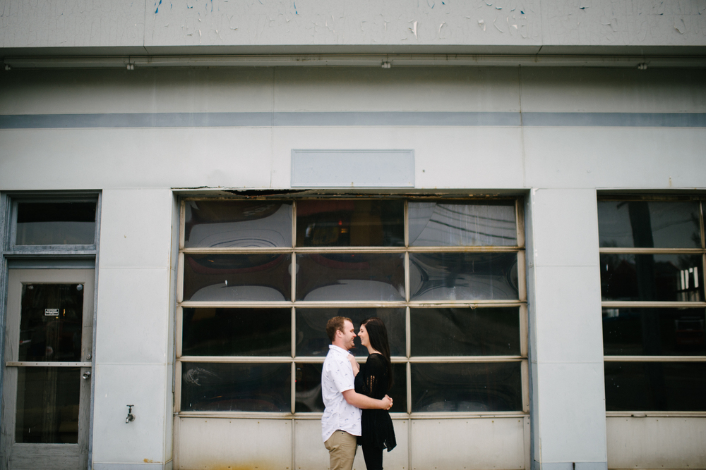 Covington Kentucky Engagement - LaurenWPhotography-4.jpg