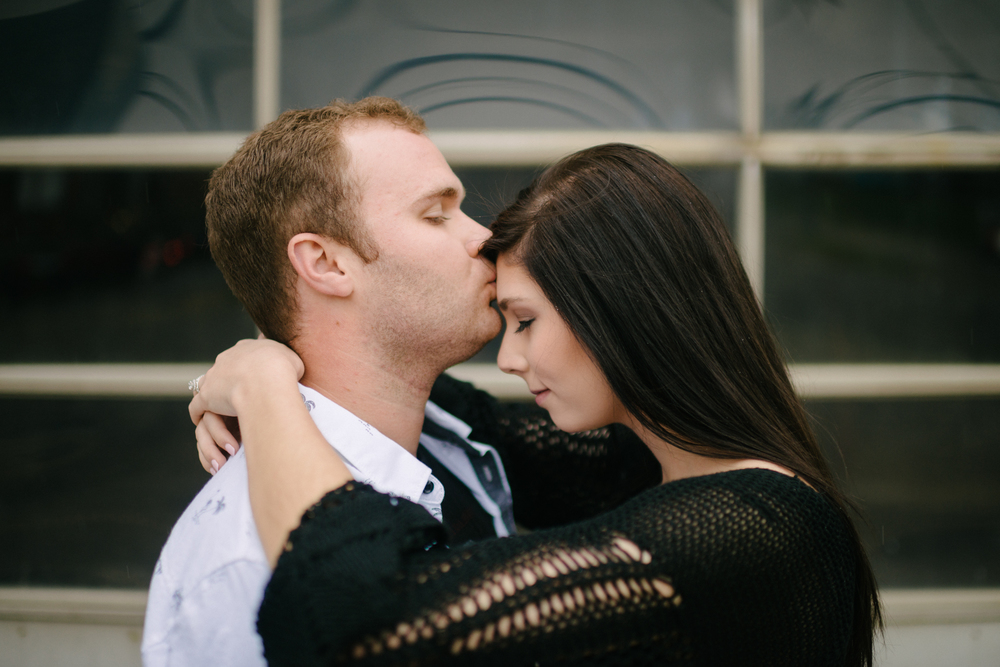 Covington KY Engagement - LaurenWPhotography-2.jpg