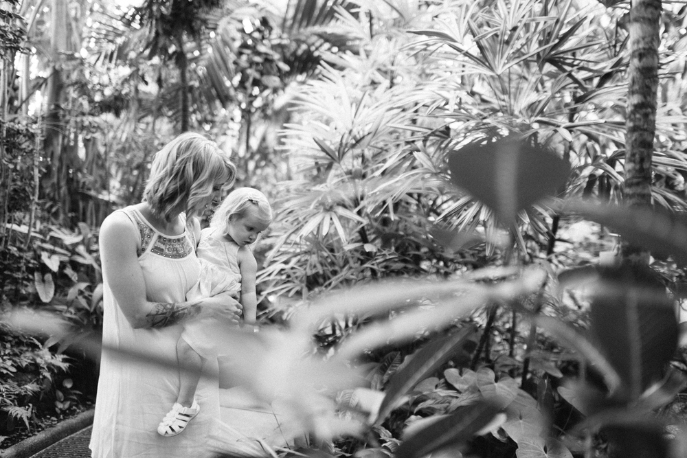 LaurenWPhotography-MamaandBabe-3.jpg
