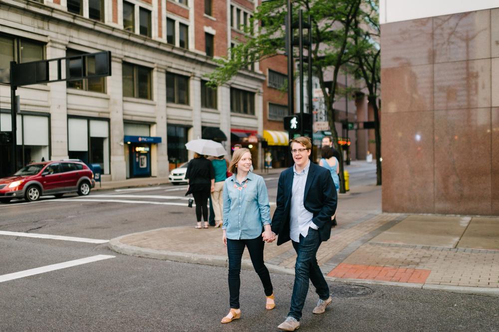 UrbanCincinnatiEngagement-LaurenWPhotography-22.jpg