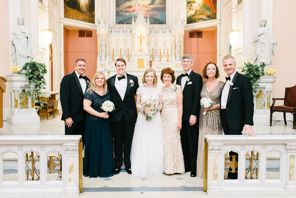 Family-Wedding-Photos-LaurenWPhotography-0-1.jpg