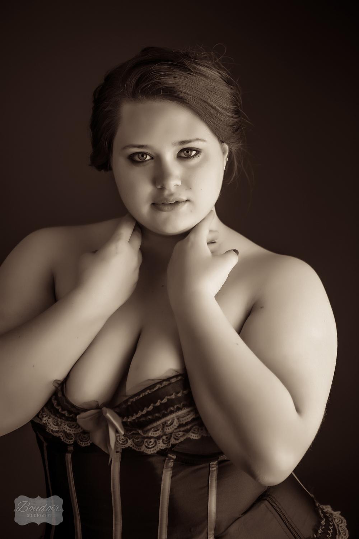 Boudoir-photography-Rochester-MissB013.jpg