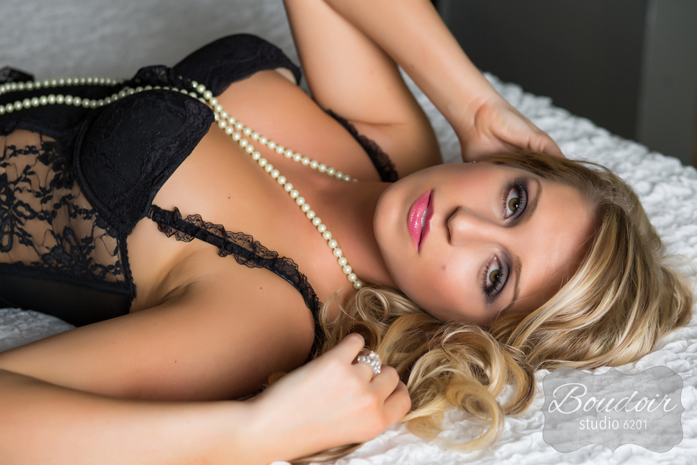 rochester-boudoir-photography-s007.jpg