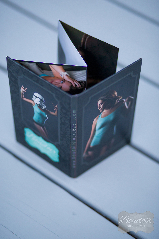 rochester-4x8-boudoir-studio-book-2.jpg