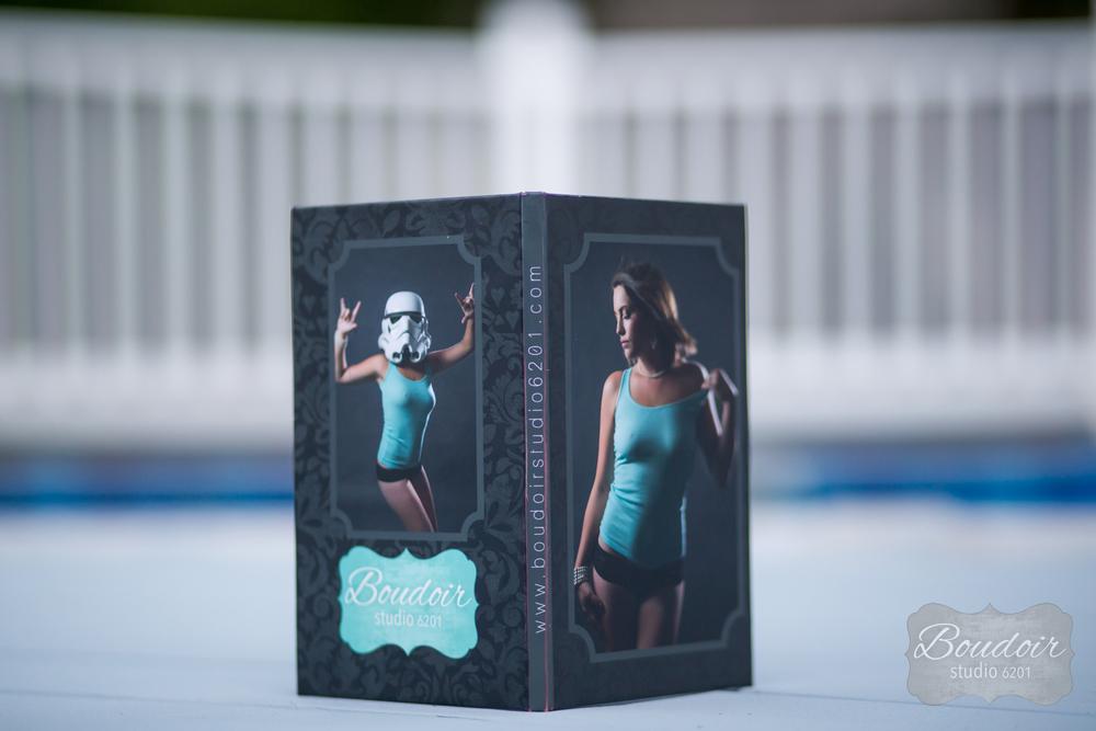 rochester-4x8-boudoir-studio-book-1.jpg
