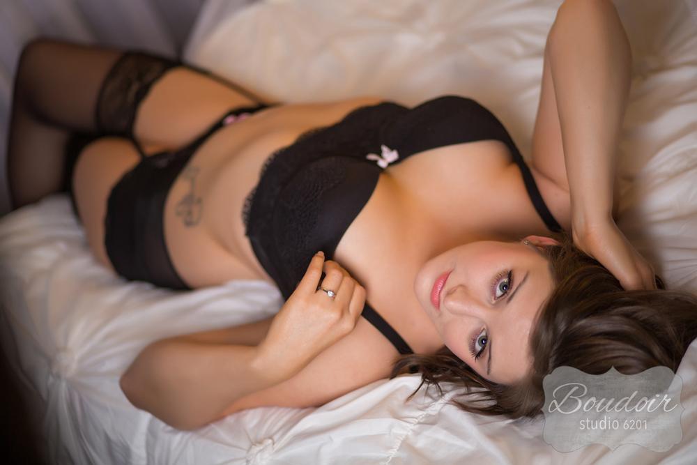 boudoir-photography-rochester-k16-005.jpg
