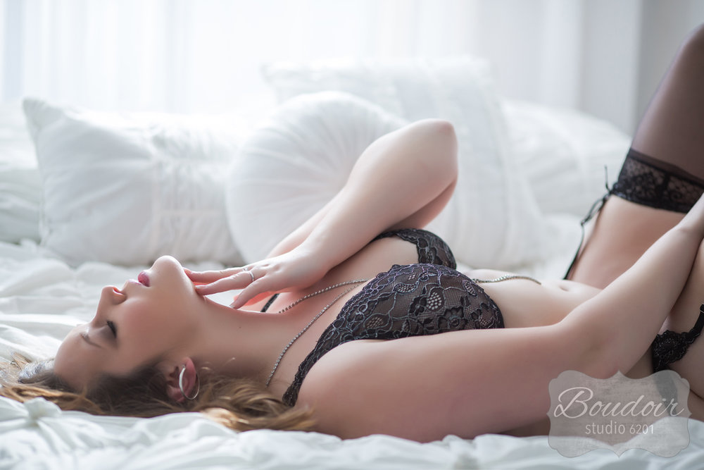 boudoir-pittsford-photography-sexy-photos-hm16014.jpg