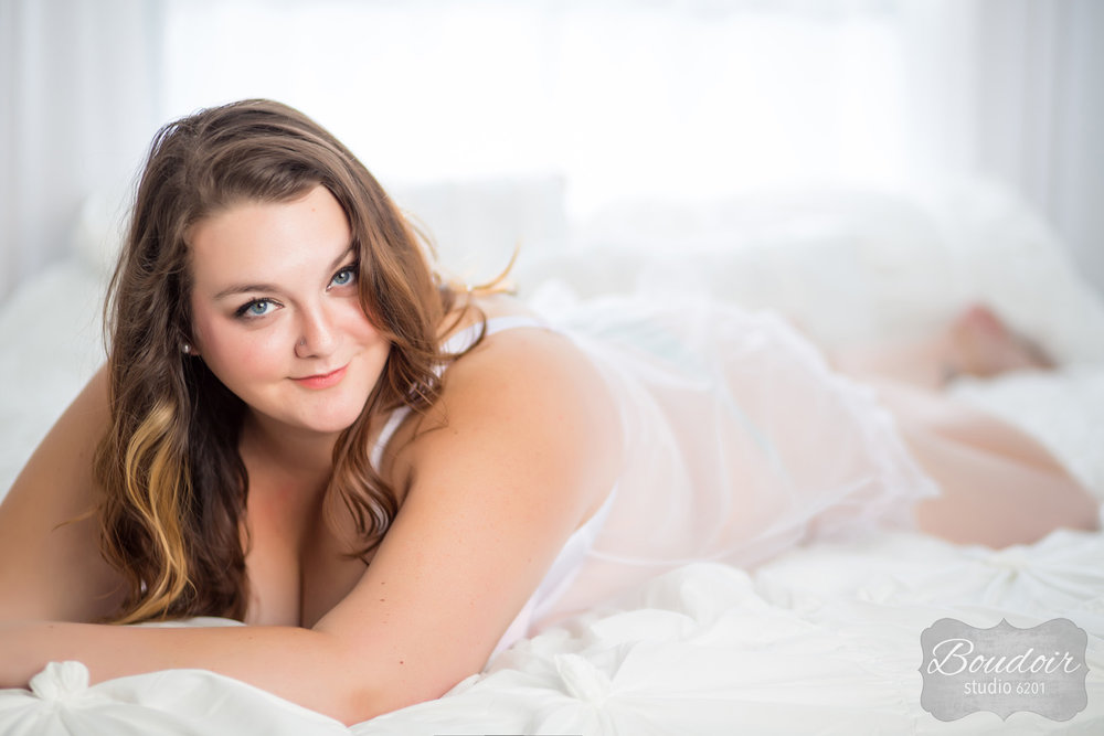 boudoir-studio-rochester-beautiful-gallery-008.jpg
