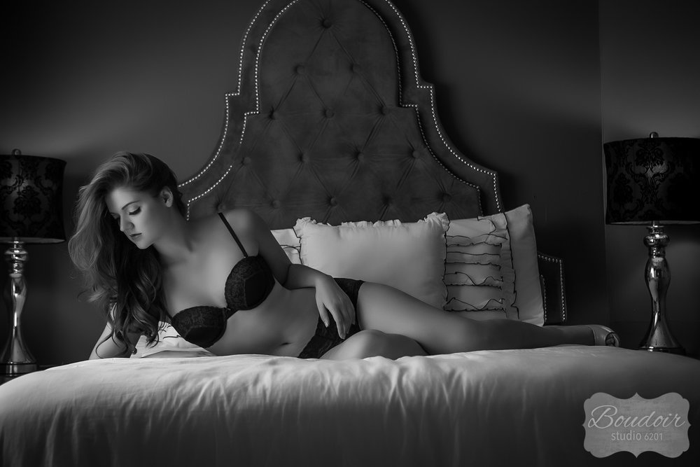 boudoir-studio-rochester-beautiful-gallery-024.jpg