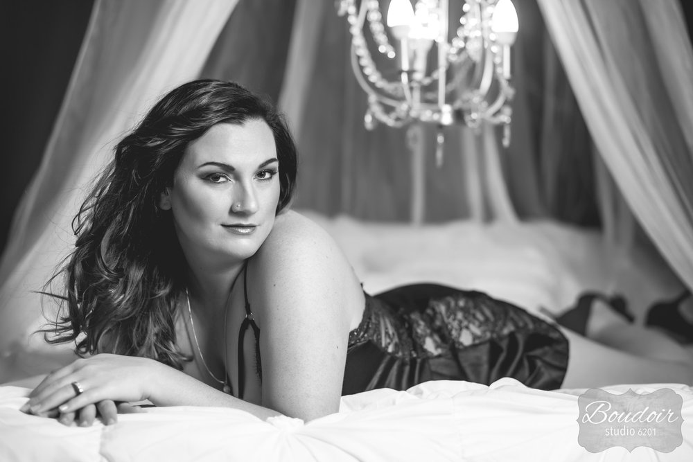 boudoir-studio-rochester-beautiful-gallery-041.jpg