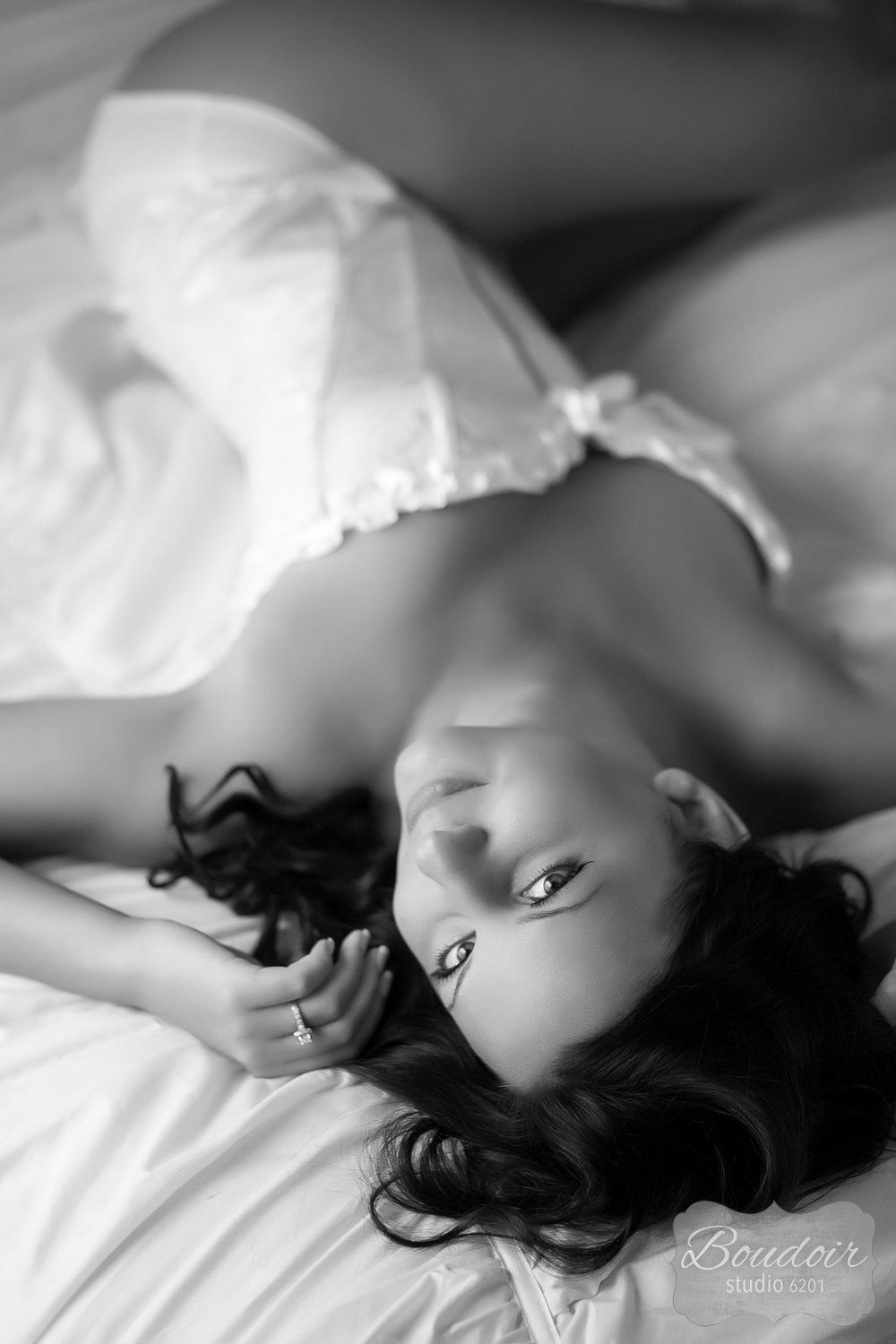 boudoir-studio-rochester-beautiful-gallery-053.jpg