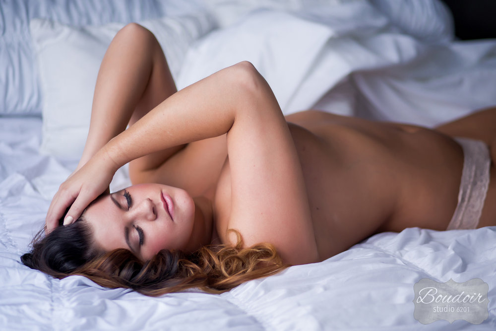 boudoir-studio-6201-tiffany-loveless-makeup-artistry013.jpg