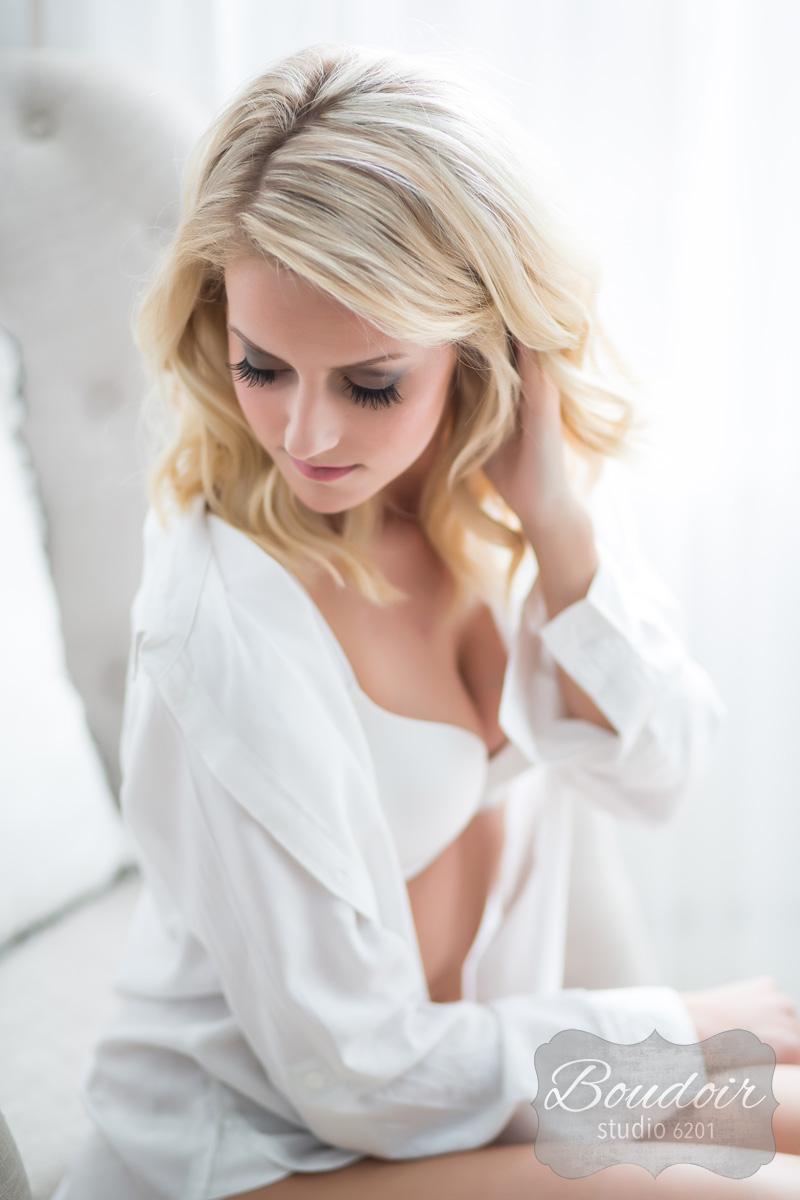 boudoir-studio-6201-tiffany-loveless-makeup-artistry018.jpg