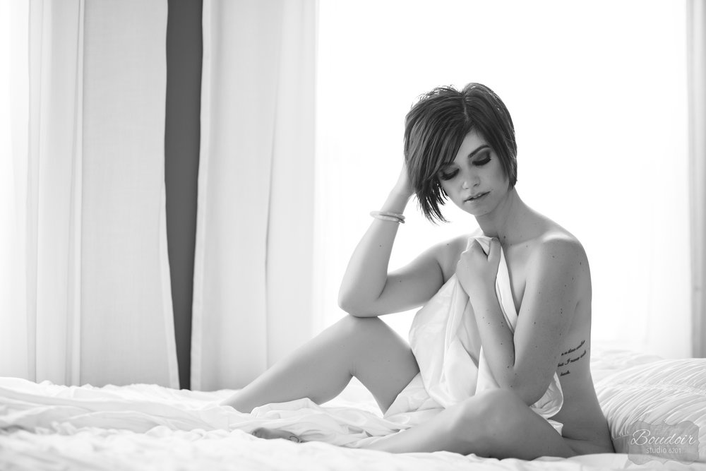 boudoir-studio-6201-summer-in-the-sheets068.jpg