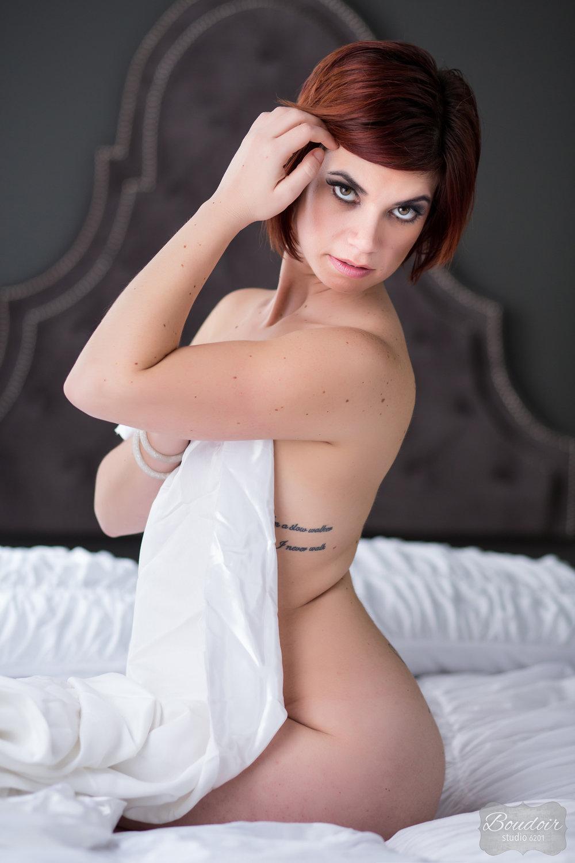 boudoir-studio-6201-summer-in-the-sheets062.jpg