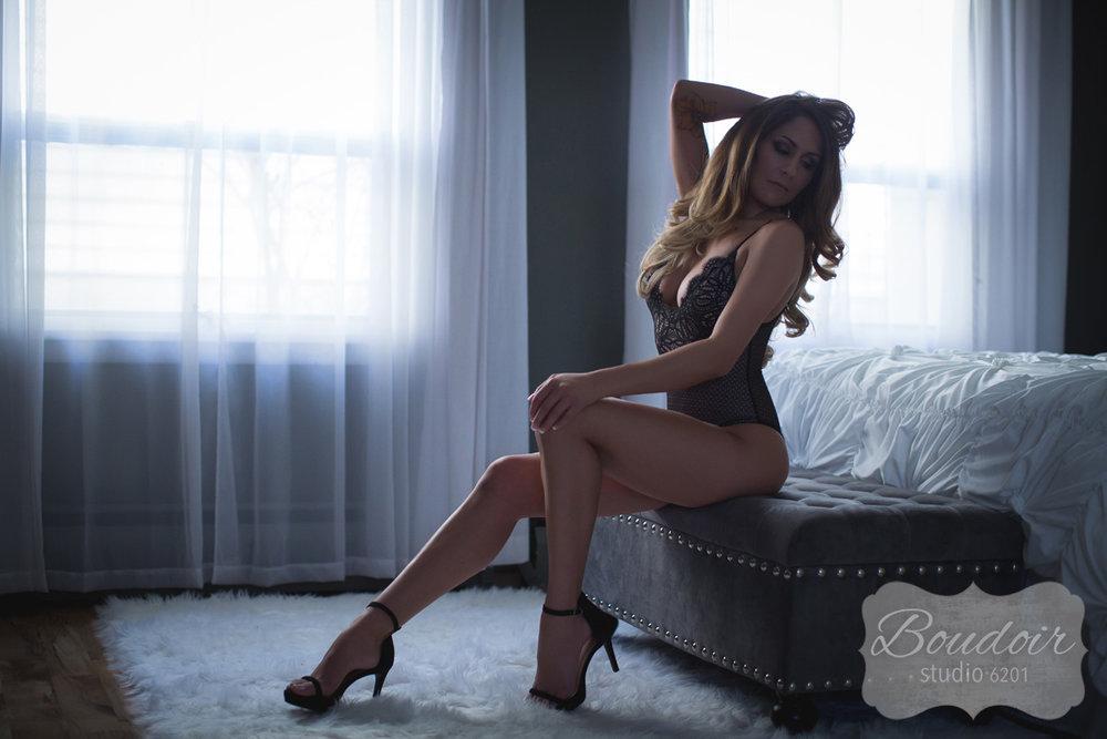 boudoir-studio-6201-rochester-sexy-006.jpg