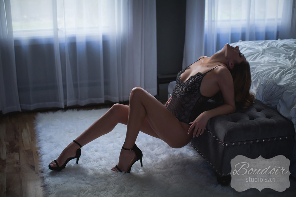 boudoir-studio-6201-rochester-sexy-009.jpg