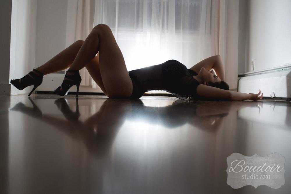 boudoir-studio-6201-rochester-ny-018.jpg