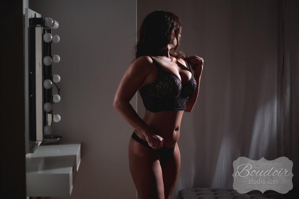 sexy-boudoir-studio-rochester014.jpg
