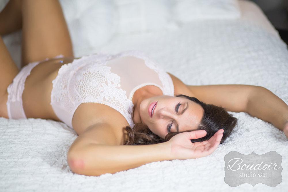 sexy-boudoir-studio-rochester021.jpg