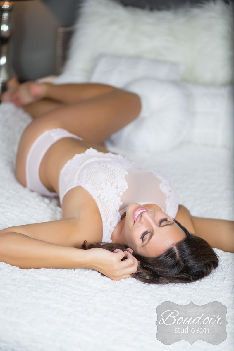 sexy-boudoir-studio-rochester022.jpg