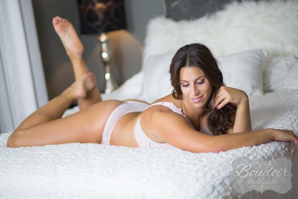 sexy-boudoir-studio-rochester025.jpg